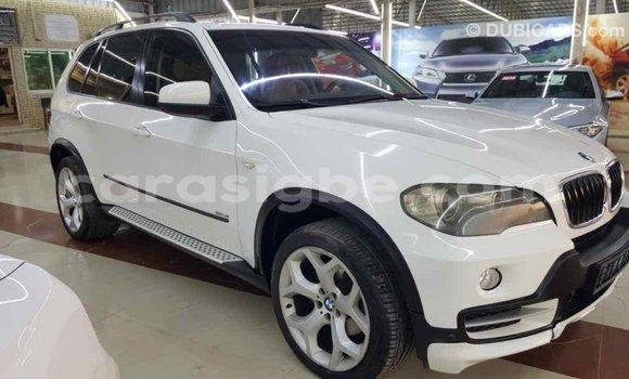 Acheter Importé Voiture BMW X5 Blanc à Import - Dubai, Togo