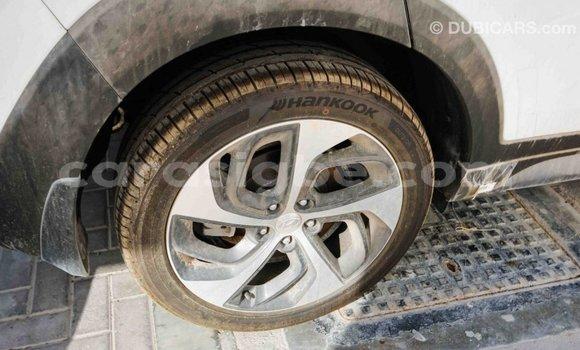 Acheter Importé Voiture Hyundai Tucson Blanc à Import - Dubai, Togo