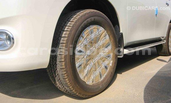 Acheter Importé Voiture Nissan Patrol Blanc à Import - Dubai, Togo