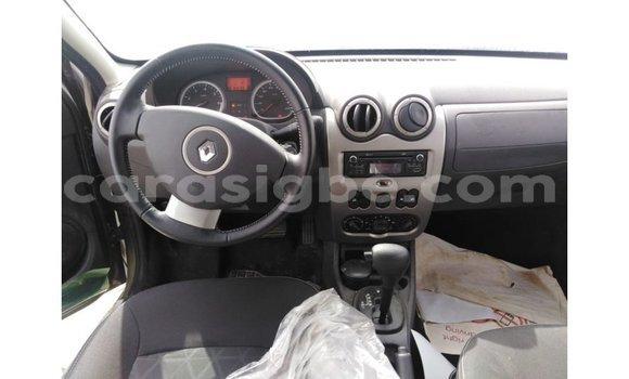 Acheter Importé Voiture Renault Duster Vert à Import - Dubai, Togo