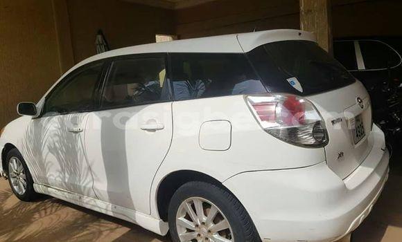 Acheter Occasion Voiture Toyota Matrix Blanc à Lomé, Togo