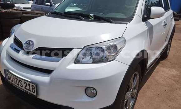 Acheter Importé Voiture Toyota Urban Cruiser Blanc à Lomé, Togo