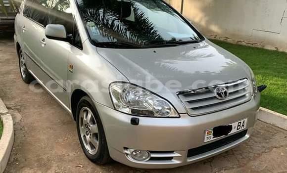 Acheter Importé Voiture Toyota Avensis Gris à Lomé, Togo