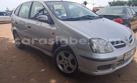 Acheter Importé Voiture Nissan Almera Tino Gris à Lomé, Togo