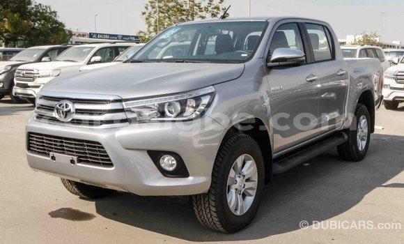 Acheter Importé Voiture Toyota Hilux Autre à Import - Dubai, Togo