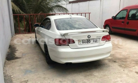 Acheter Occasion Voiture BMW 328i Blanc à Lomé, Maritime