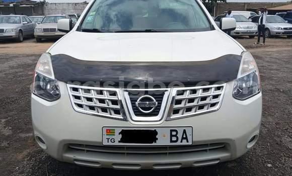 Acheter Occasion Voiture Nissan Rogue Blanc à Lomé, Togo