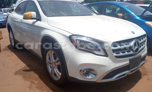 Acheter Occasion Voiture Mercedes‒Benz GLA-klasse Blanc à Lomé, Togo