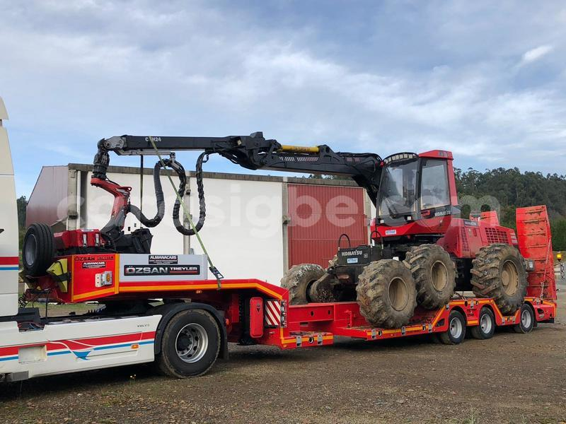 Big with watermark 3 axle lowbed recceses wheel 1