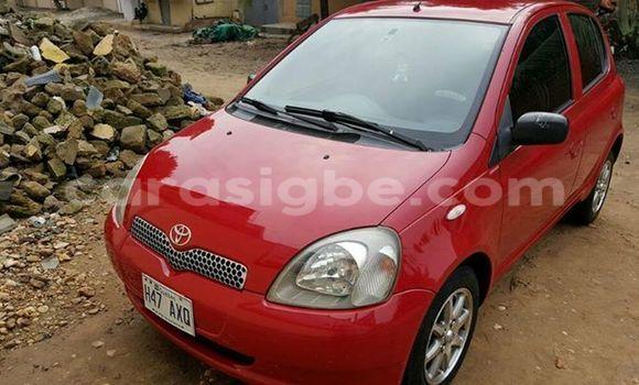 Acheter Occasion Voiture Toyota Yaris Rouge à Lomé au Togo