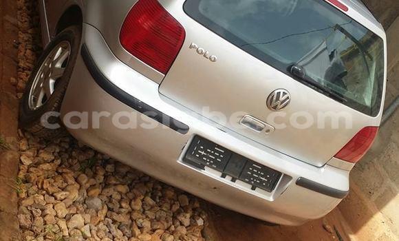 Acheter Occasion Voiture Volkswagen Polo Gris à Lomé, Togo