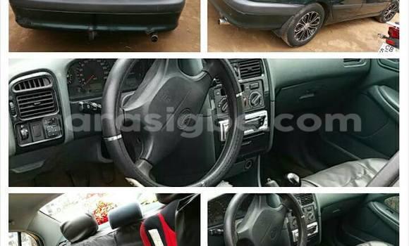 Acheter Occasion Voiture Toyota Avensis Vert à Lomé au Togo