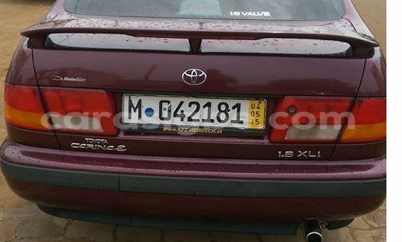 Acheter Occasion Voiture Toyota Carina Rouge à Lomé au Togo