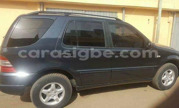 Acheter Occasion Voiture Mercedes‒Benz ML-Class Noir à Lomé au Togo