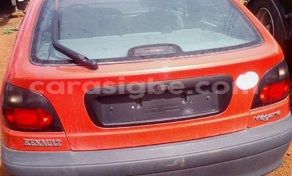 Acheter Occasion Voiture Renault Megane Rouge à Lomé, Togo