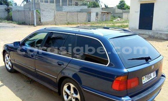 Acheter Occasion Voiture BMW 5-Series Bleu à Lomé au Togo