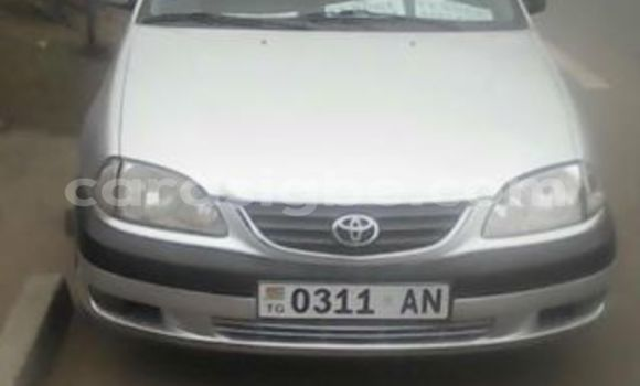 Acheter Occasion Voiture Toyota Avensis Gris à Adawlato, Togo
