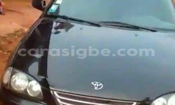 Acheter Occasion Voiture Toyota Avensis Noir à Adawlato au Togo