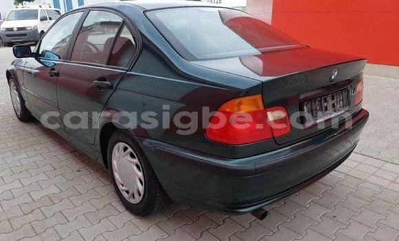 Acheter Occasion Voiture BMW 3-Series Vert à Adawlato au Togo