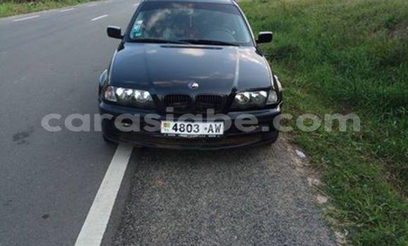 Acheter Occasion Voiture BMW 3-Series Noir à Adawlato au Togo