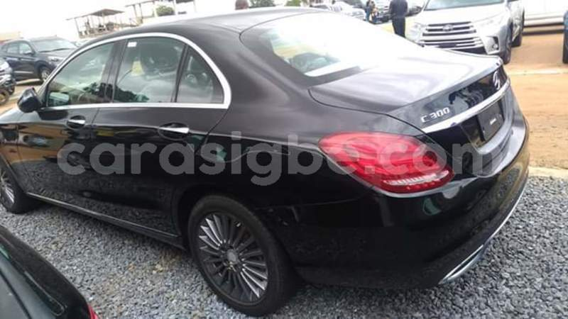 Big with watermark mercedes%e2%80%92benz c%e2%80%93class togo lom%c3%a9 4544