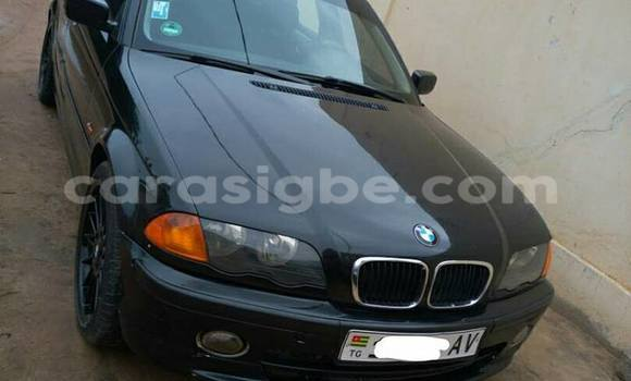 Acheter Occasions Voiture BMW 3-Series Noir à Adawlato au Togo