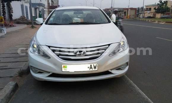 Acheter Occasion Voiture Hyundai Sonata Blanc à Adawlato au Togo