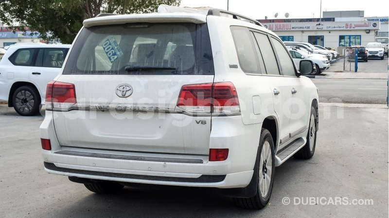 Big with watermark toyota land cruiser togo import dubai 4754