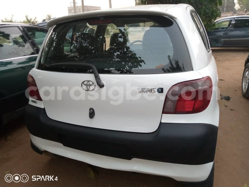 Big with watermark toyota yaris maritime lom%c3%a9 4866