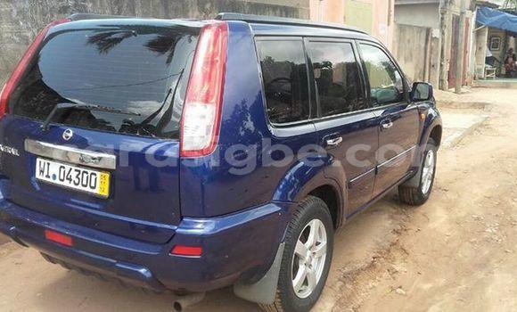 Acheter Occasion Voiture Nissan X-Trail Bleu à Adawlato au Togo
