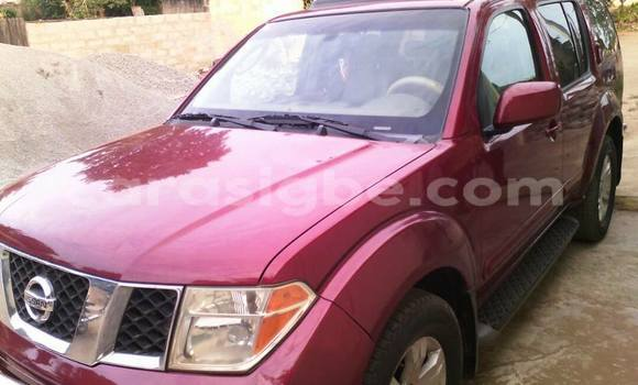 Acheter Occasion Voiture Nissan Pathfinder Rouge à Lomé au Togo