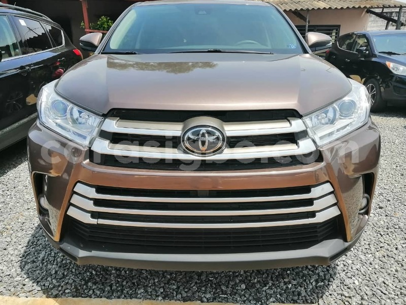 Big with watermark toyota highlander togo lome 5052