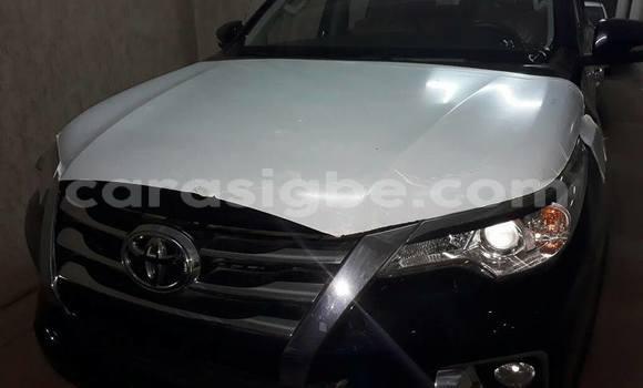 Acheter Occasion Voiture Toyota Fortuner Noir à Lomé au Togo