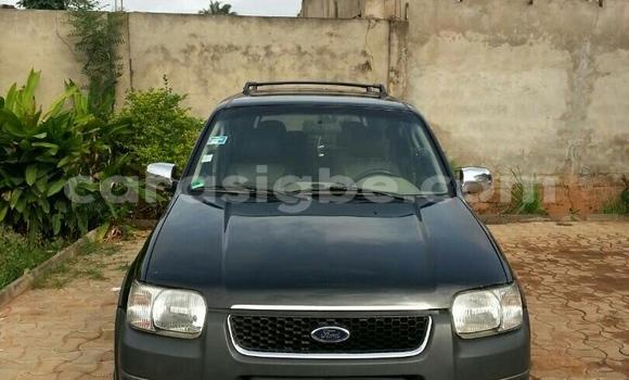 Acheter Occasion Voiture Ford Maverick Noir à Lomé au Togo