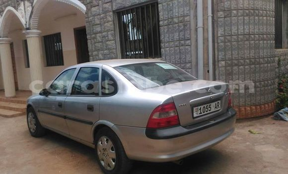 Acheter Occasion Voiture Opel Vectra Gris à Adawlato au Togo