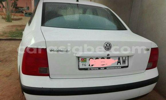 Acheter Occasion Voiture Volkswagen Passat Blanc à Adawlato, Togo