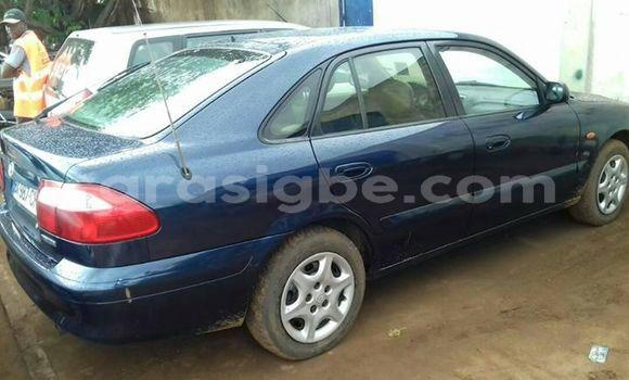 Acheter Occasion Voiture Mazda 626 Bleu à Adawlato au Togo