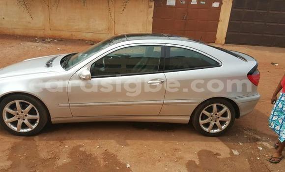 Acheter Occasion Voiture Mercedes‒Benz KOMPRESSOR Gris à Lomé au Togo