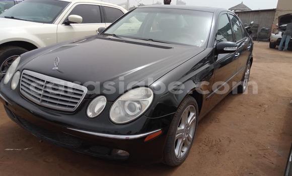 Acheter Occasion Voiture Mercedes‒Benz E-Class Noir à Lomé au Togo