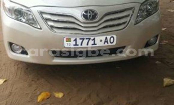 Acheter Occasion Voiture Toyota Camry Blanc à Lomé au Togo