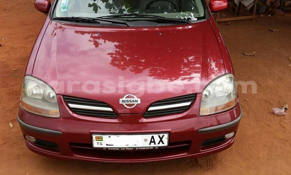 Acheter Occasion Voiture Nissan Almera Rouge à Lomé au Togo
