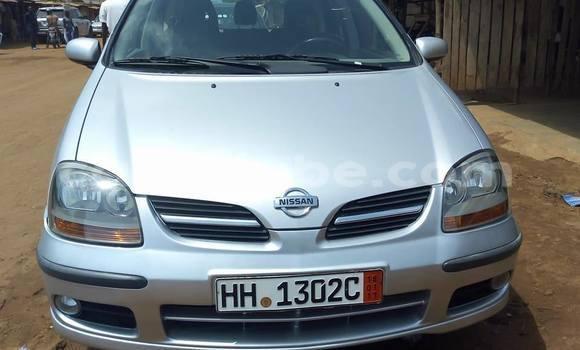 Acheter Occasion Voiture Nissan Tino Gris à Lomé au Togo