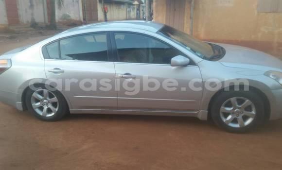 Acheter Occasion Voiture Nissan Almera Gris à Tsévié au Togo