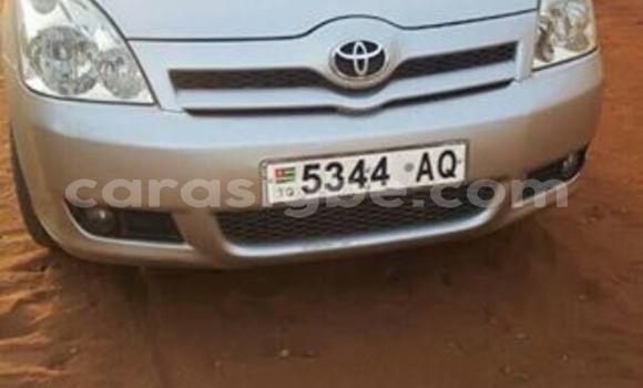 Acheter Occasion Voiture Toyota Verso Gris à Lomé au Togo