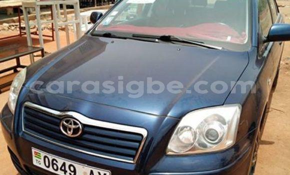 Acheter Occasion Voiture Toyota Avensis Bleu à Lomé, Togo