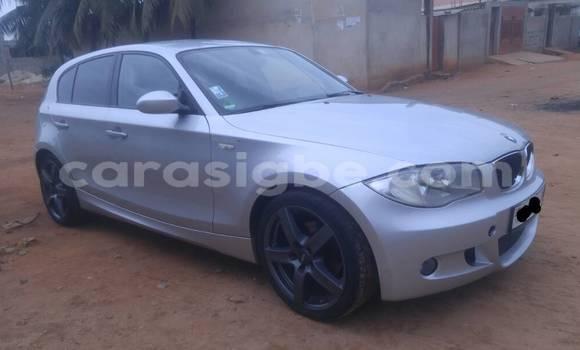 Acheter Occasion Voiture BMW 1–Serie Gris à Lomé, Togo