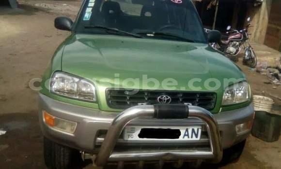 Acheter Occasion Voiture Toyota RAV4 Vert à Lomé au Togo