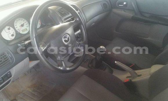 Acheter Occasion Voiture Mazda 323 Bleu à Lomé au Togo