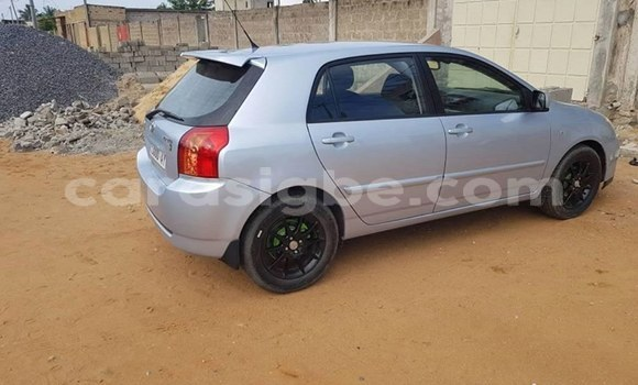 Acheter Occasions Voiture Toyota Corolla Gris à Lomé au Togo