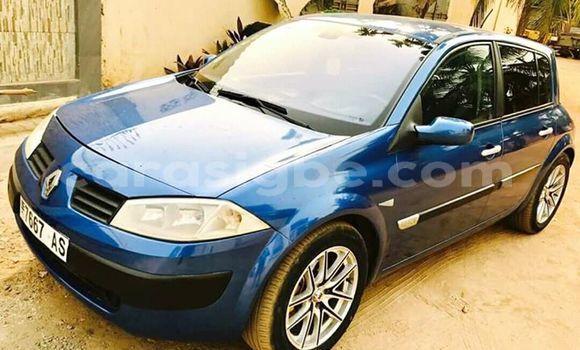 Acheter Occasions Voiture Renault Megane Bleu à Lomé au Togo